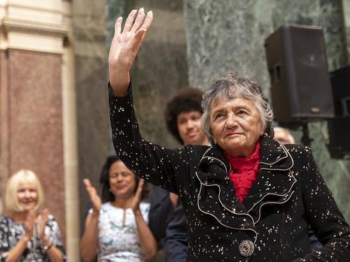 Justice Shirley Abrahamson (S.J.D. '62) honored at state capitol Tuesday