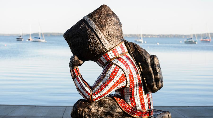 bucky the badger statue at alumni park overlooking lake mendota