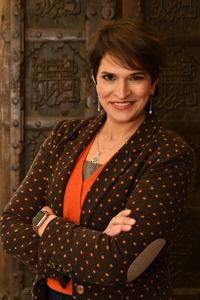 Asifa Quraishi headshot