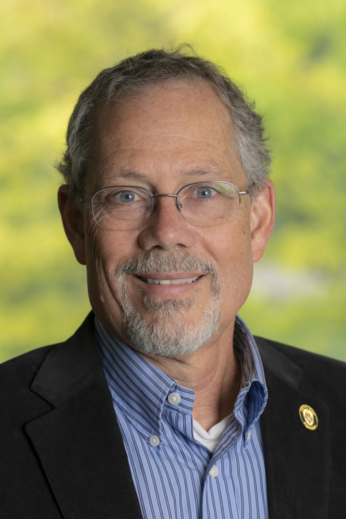 Photo of Professor Keith Findley